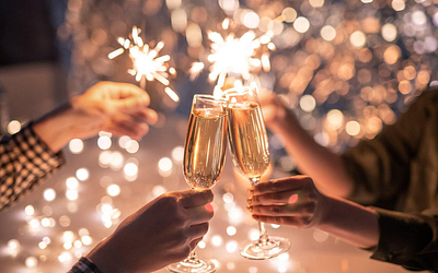 This New Year's Eve, Don't Forget the Sparkling Wine!